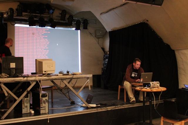 Backtrack Day 2009 - Vortrag m1k3 - 02